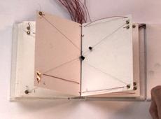 Prototype du livre qui tourne ses pages tout seul #1